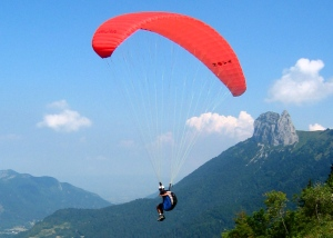 Parasailing in Talloires