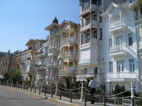 Istanbul: Architecture in Cihangir Biyoglu Neighborhood
